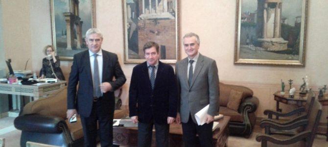 Συνάντηση με τον Δήμαρχο Αθηναίων Γ. Καμίνη για το Ελληνικό Σχολικό Συγκρότημα του Μονάχου