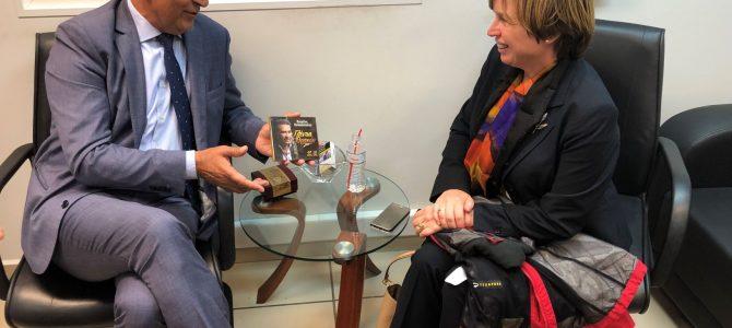 Συνάντηση στην Αλεξ/πολη με την Αρχηγό της Europol Catherine De Bolle, που επισκέφτηκε τον Έβρο. Ζήτησε την υιοθέτηση της ΕΛ.ΑΣ που υπερασπίζεται με ιστορική φιλοτιμία τα σύνορα της Ευρώπης!